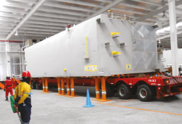 Project Cargo heavy transport in free trade zone warehouse