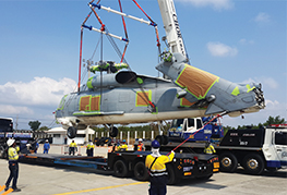 CEA Project Logistics - Seahawk Helicopter Transportation - Loading Seahawk