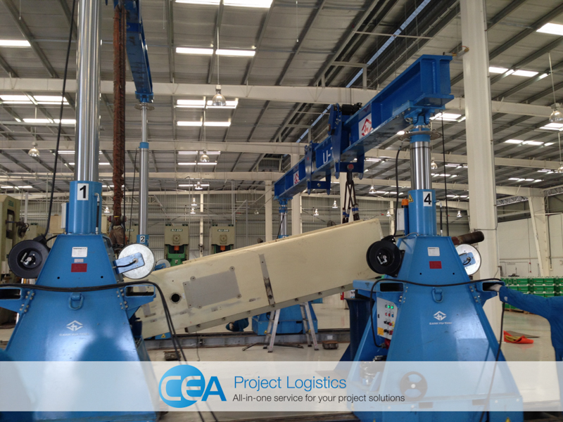 Gantry cranes move press parts