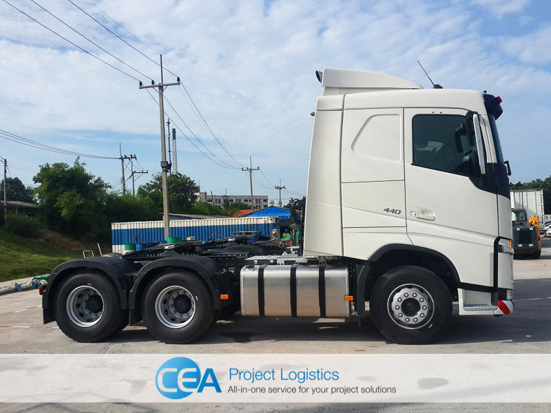Volvo FH 440 left side - CEA Project Logistics Laem Chabang