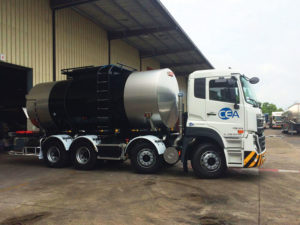 A CEA Project Logistics Bitumen truck leaving the Pharma Chemicals facility