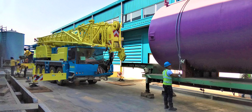 18 tonne tank arrived on trailer for installation - cea project logistics