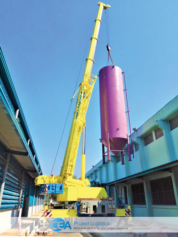 Crane lifting tank - installation - cea project logistics