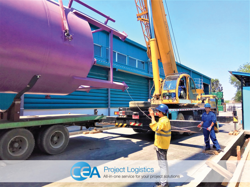 tail crane lifts bottom of tank during installation cea project logistics