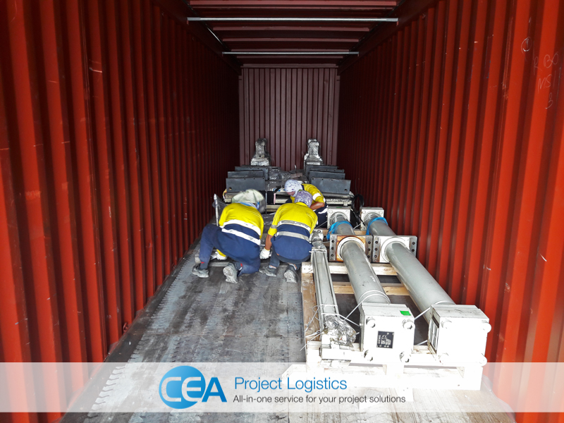 cargo with wooden chocks - CEA Project Logistics Demobilisation