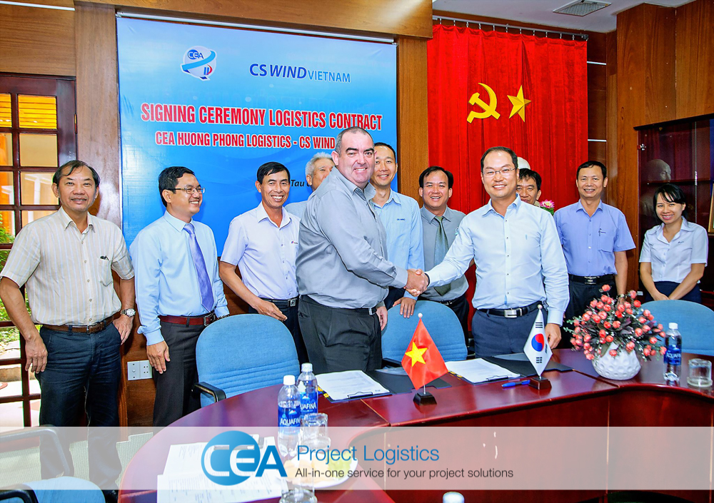 CEA Huong Phong and CS Wind management signing contracts